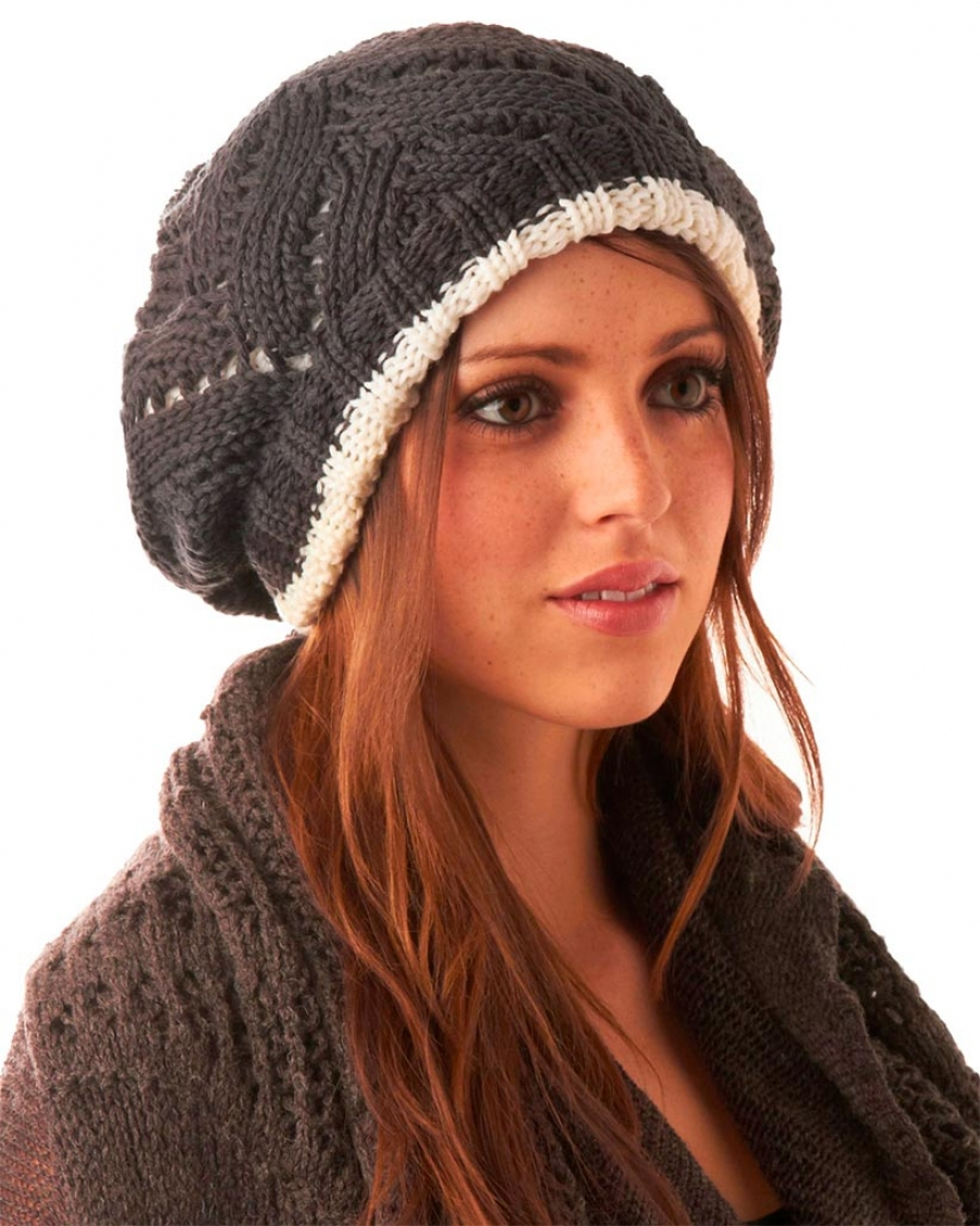 Вязание шапки модной 57